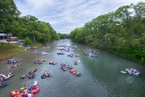 Top Things to do in Canyon Lake, San Antonio, Limo, Limousine, Charter, Shuttle, Birthday, Bachelor, Bachelorette, Prom, Homecoming, Nightlife, Sports, Tours